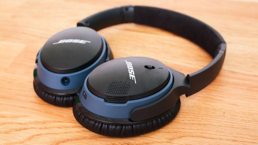 Bose SoundLink Wireless Around Ear Headphones II
