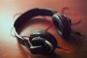 Types of Headphones and Ear Buds